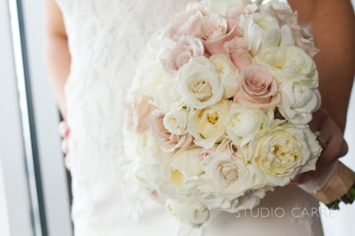 tomer wore a simple fun and fresh boutonniere of grouped ranunculus - Blush Garden Rose Bouquet